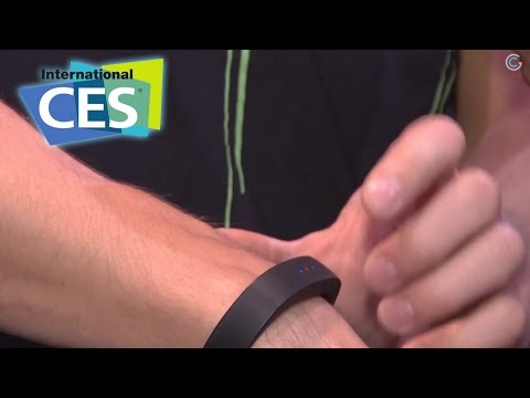 Wearable Gaming Tech – Razer Nabu X – CES 2015 GetConnected TV