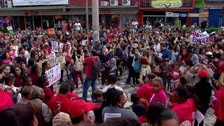 Bauru: professores e estudantes protestam contra cortes de verbas na educação