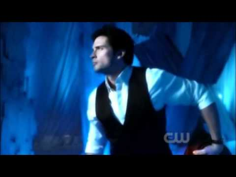 Smallville Season 10 - Finale (Clark Becomes Superman)