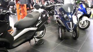 7. VESPA PIAGGIO MP 3  LT 250 - 400 3 wheeled scooters