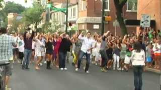 Video Alex & Joey -- The Flash Mob Proposal MP3, 3GP, MP4, WEBM, AVI, FLV Agustus 2018