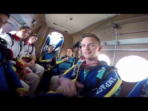 Video Skydiving - 19. seskok download in MP3, 3GP, MP4, WEBM, AVI, FLV January 2017
