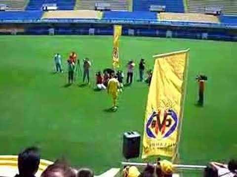 Presentacion de Godin en el Villarreal