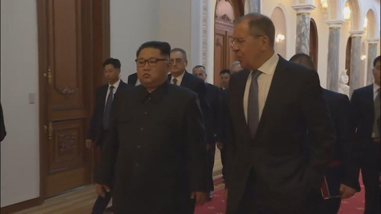 Β. Κορέα: Συνάντηση Σεργκέι Λαβρόφ – Κιμ Γιονγκ Ουν