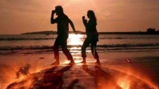 Video Smashmouth - Walking on the Sun MP3, 3GP, MP4, WEBM, AVI, FLV Agustus 2019