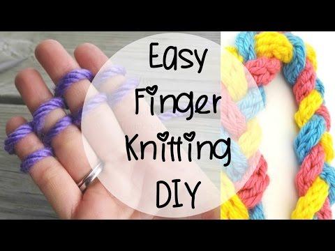 當她說要教會如何最簡單「手指編織法」當下還以為是鬼扯,沒想到看完影片後竟然也忍不住動手做起來!