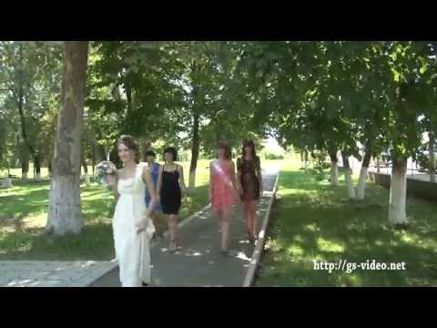 Дима,Настя и фонтан