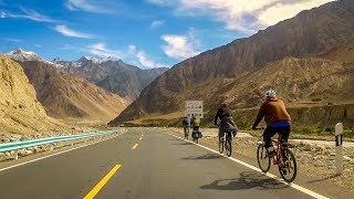 Cycling the Karakoram Highway, from Kashgar to the Pakistan border