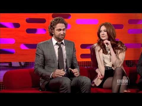 GERARD BUTLER: Kilt Wardrobe Malfunction?! (The Graham Norton Show)