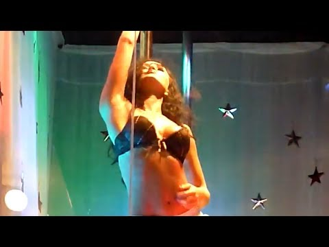 Алена снятая порно стриптиз 10