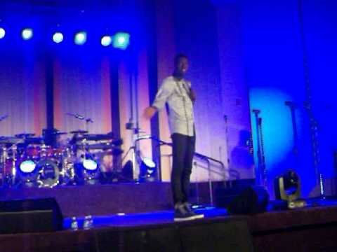 akpororo live @ PRAISE PARTY U.S.A