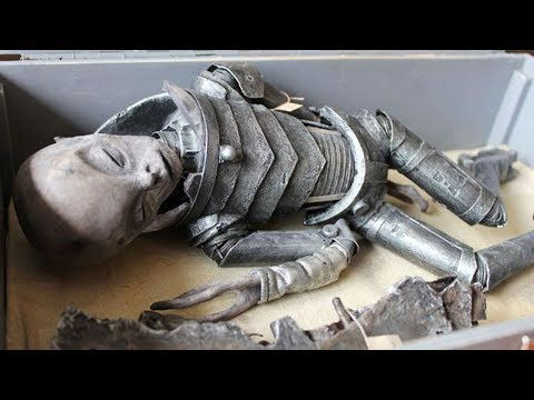 10 Archaeological Finds Scientists Still Can't Explain!