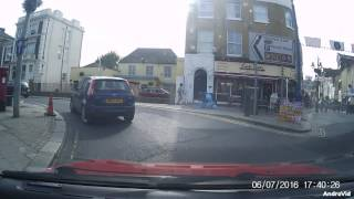 Gravesend United Kingdom  city pictures gallery : OW57 AHZ CRASH FOR CASH ATTEMPT GRAVESEND KENT DASH CAM UK