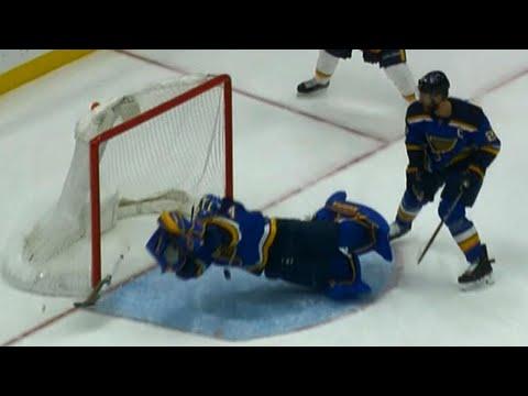 Video: Jake Allen dives across, robs Johansen to keep game level against Predators