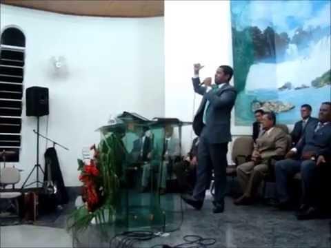 Encontro de Jovens Em Guaraqueçaba (PR) - Ev. Elton Alves 11/02/2012