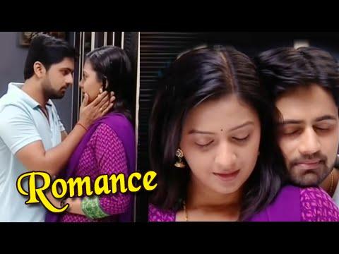 Video Romantic Moments in Honar Sun Mi Hya Gharchi - Shashank Ketkar, Tejashri Pradhan download in MP3, 3GP, MP4, WEBM, AVI, FLV January 2017