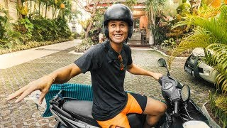 Download Video THE INSANE BALI MOPED CLASS! OLD HONDA | VLOG² 77 MP3 3GP MP4