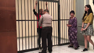 Video Ampun Pak Polisi, Saya Ga Mau Dipenjara MP3, 3GP, MP4, WEBM, AVI, FLV November 2017