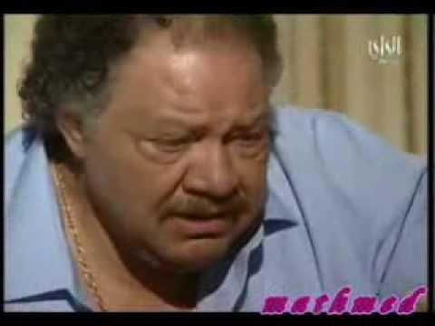 """مشهد بكاء الفخراني على """"ماما نونا"""" في مسلسل """"يتربى في عزو"""""""