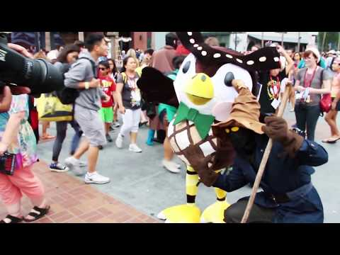 cosplay - Blathers from Animal Crossing took a vacation to Comic-Con 2014 to trade fossils for smiles! If you want to see how to make Cosplay like this, go and watch my series Cosplay Class http://bit.ly/1r...