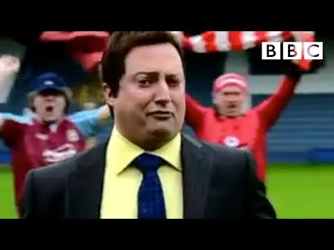 Watch the Football! - That Mitchell and Webb Look - BBC Two (видео)