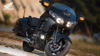 6. Ride like a Boss : Honda Goldwing F6B GL1800B Year 2014