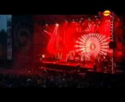 Tekst piosenki Skunk Anansie - We Love Your Apathy po polsku