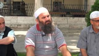 4. Pyetje Përgjigje me Hoxhë Bekir Halimi në oborin e Xhamisë Isa Beu (06. Qershor 2013)