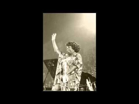 Tekst piosenki Sarah Vaughan - I Ain't Got Nothin' But the Blues po polsku