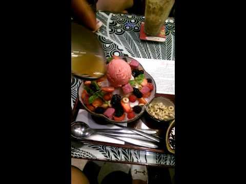 MOF Japanese Dessert Cafe - Hùng Vương Plaza - Christmas Yokoso quá tuyệt vời