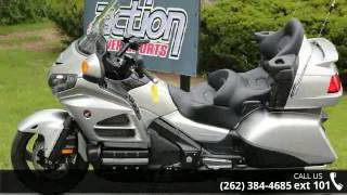 6. 2016 Honda Gold Wing Audio Comfort Navi XM ABS  - Action ...