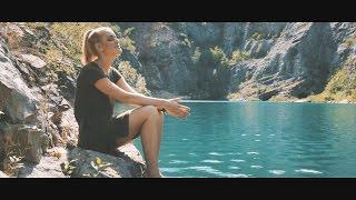 Video Marcus Revolta ft. Petra Huliaková - Svět se změní (prod. M. Rev