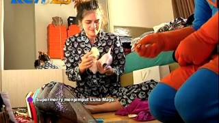 Video Luna Maya Dijemput Super Marry - dahSyat 31 Oktober 2014 MP3, 3GP, MP4, WEBM, AVI, FLV Juli 2019