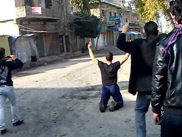 اطلاق نار على المتظاهرين في كفر نبل