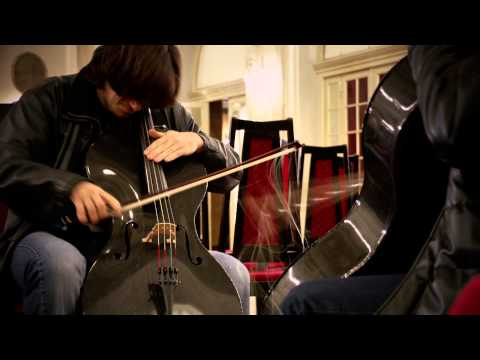 smooth - Pre - 2CELLOSlive views 14.790.699 http://www.facebook.com/2Cellos http://www.twitter.com/stjepanhauser http://www.twitter.com/lukasulic Order the new album,...