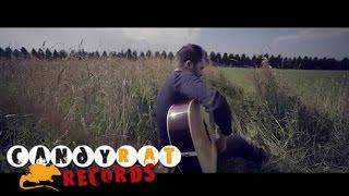 Nếu bạn là yêu thích guitar acoustic. Hãy cảm nhận :)