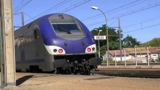 Video Trains:La gare sncf d'Arles MP3, 3GP, MP4, WEBM, AVI, FLV Juli 2017