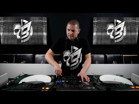 O.B.I. @ 5 Years Definition Of Hard Techno Online