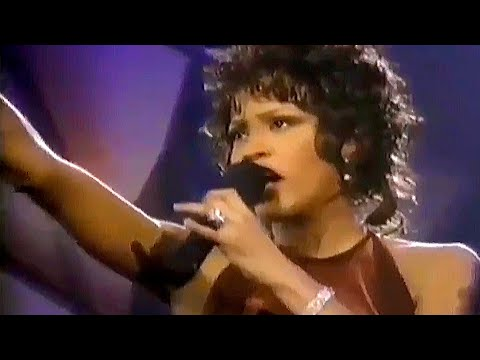 Whitney Houston Live 1996 Grammy Awards - Count on Me Ft. CeCe Winans
