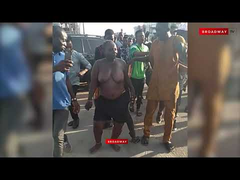 Graphic Content: Nigerian Lady Stripped Naked For Stealing IPhones