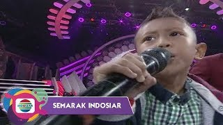 "Video SURPRISSE!! Saiful Adik Selfi Enerjik Bernyanyi ""PANGERAN DANGDUT"" Buat Semua Bersorak!! - DA Asia 4 MP3, 3GP, MP4, WEBM, AVI, FLV Desember 2018"