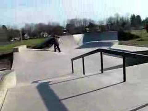 Crappy line at Pepperell Skatepark