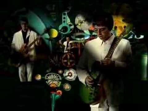 Tekst piosenki Oasis - All around the world po polsku