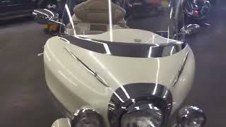 6. 2000 Yamaha royal star venture limited edition