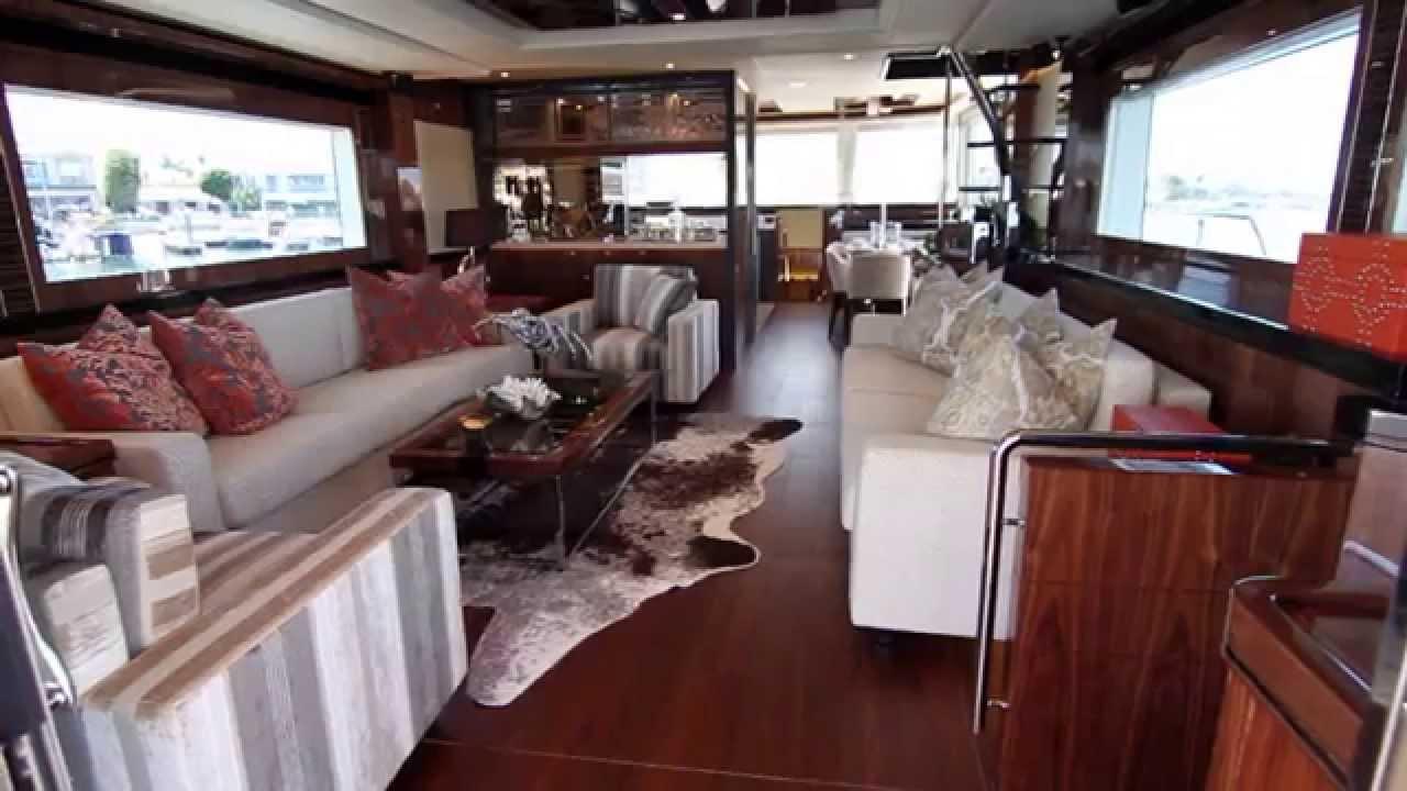 V80 Yacht