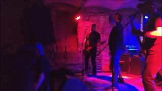 Video Němá Barikáda - Hroby v nás (Live Pravěk fest 2018)
