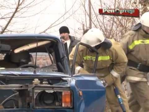 Лесоруб из Архангельска провел мастер-класс для самарских спасателей (видео)