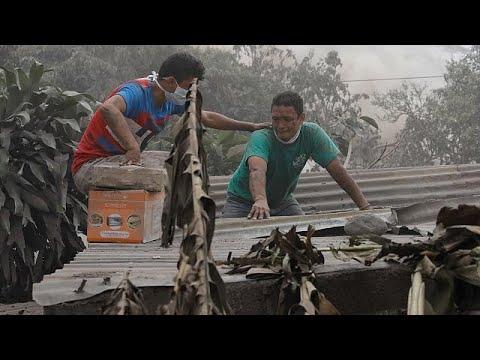 Γουατεμάλα: Αγώνας των διασωστών για ένα θαύμα μέσα στη λάβα…