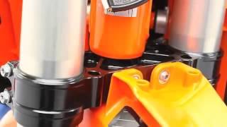 8. 2013 KTM SX-F 450 studio technical details & action...