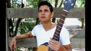 Música de Juliano Silva - Hoje tem festa (Juliano Silva: Sertanejo).Juliano Silva é um músico compositor residente na cidade de Valinhos.
